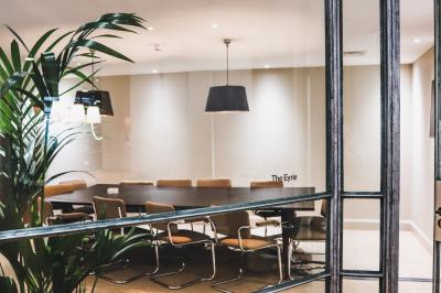 Meeting room available for up to 6 people. Conference call facilities.